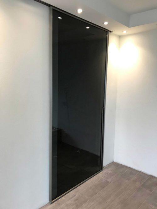Notranja drsna steklena vrata